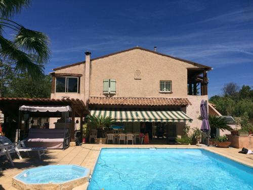 Villa Les Valerianes : Apartment near Pégomas