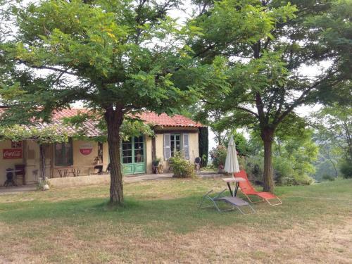 Cottage du Travers : Guest accommodation near Ajoux