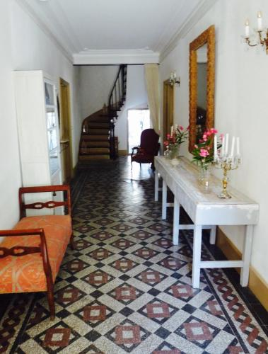 Chez Lola : Bed and Breakfast near Embres-et-Castelmaure