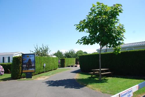 Le Clos Tranquille : Guest accommodation near Banneville-la-Campagne