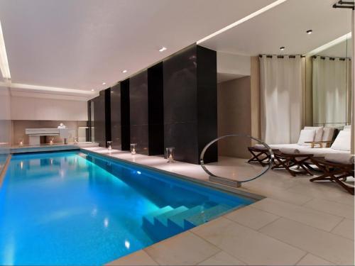 Le Metropolitan a Tribute Portfolio Hotel : Hotel near Paris 16e Arrondissement
