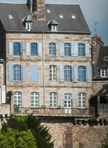 Hôtel particulier Le Mercier de Montigny : Bed and Breakfast near Beaucé