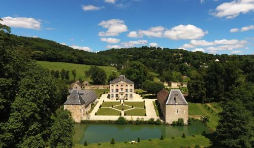 Château de la Pommeraye : Hotel near Saint-Vigor-des-Mézerets