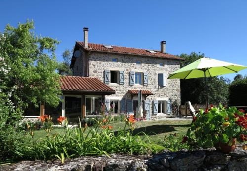 L'Horizon Vert : Bed and Breakfast near Allègre
