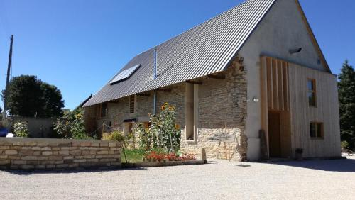 Element Terre : Bed and Breakfast near Saint-André-en-Bresse