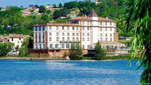 Hôtel & Spa Le Moulin de Moissac : Hotel near Villemade