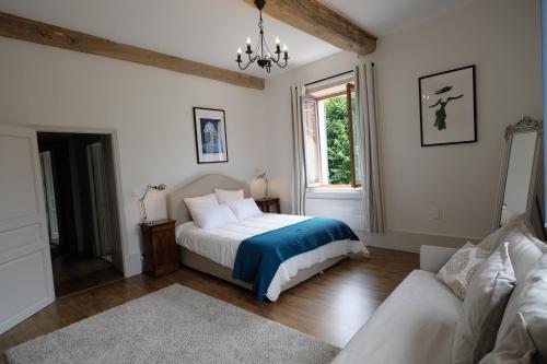 Hippolyte House : Guest accommodation near Meloisey