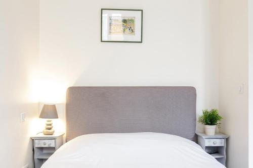 Appartement Blanc et Gris : Apartment near Paris 3e Arrondissement