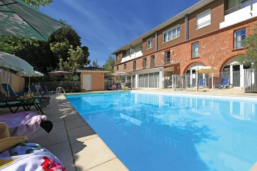 Appart'City Toulouse Colomiers : Guest accommodation near Lias