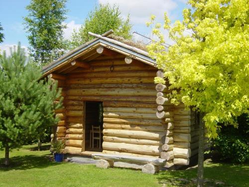 Log Cabin in the Loire Valley : Guest accommodation near Grézillé