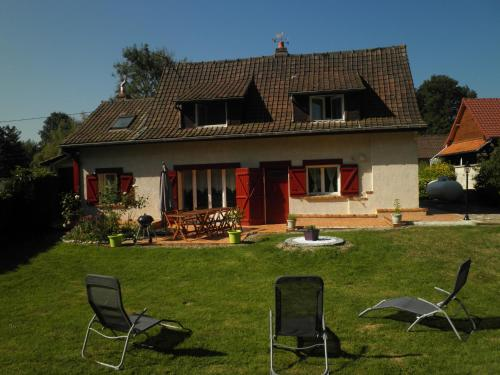 la picarde : Guest accommodation near Pierrecourt