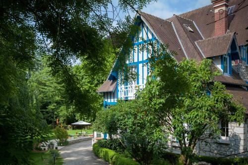 Hotel The Originals Le Jardin des Plumes (ex Relais du Silence) : Hotel near Giverny