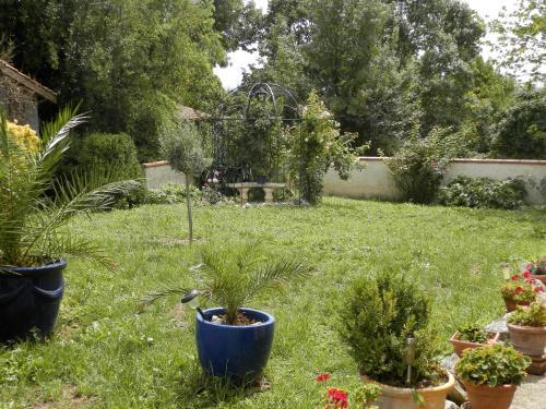 Maison de charme dans le Gers : Guest accommodation near Sainte-Livrade