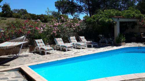 La Pantoufle Verte : Bed and Breakfast near Prunet-et-Belpuig