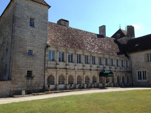 Château de la Berchère : Hotel near Gilly-lès-Cîteaux