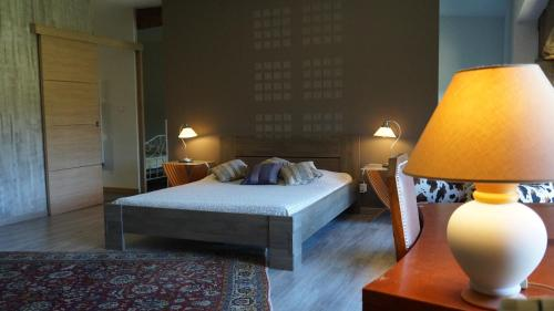 domaine du vernay : Bed and Breakfast near Donzy-le-Pertuis