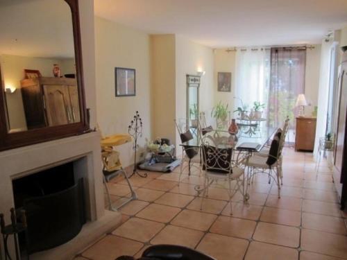 Gite Une Maison En Ville : Guest accommodation near Orvault