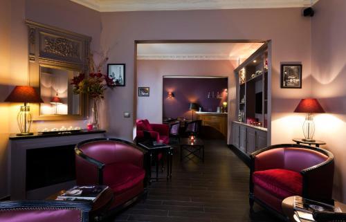 Hôtel Donjon Vincennes : Hotel near Saint-Mandé