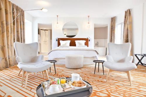 Hotel Le Saint Gelais : Hotel near Garat