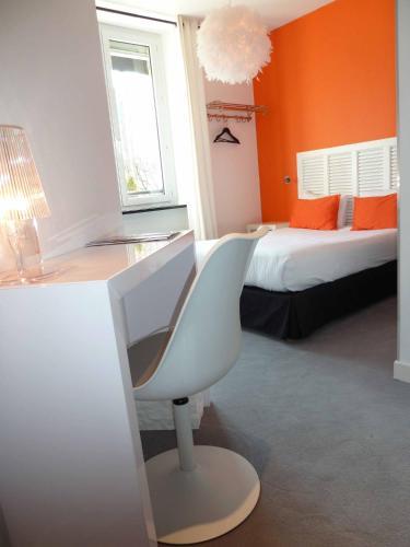 Hôtel Astrid : Hotel near Chartres-de-Bretagne