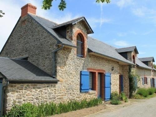 Gite Mesquer : Guest accommodation near Saint-Molf