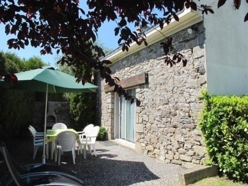Gite Saint 8 : Guest accommodation near Saint-Lyphard