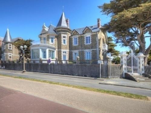 Gite Saint 7 : Guest accommodation near Saint-Michel-Chef-Chef