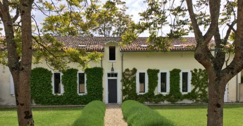 La Vieille Ferme : Guest accommodation near Lagorce