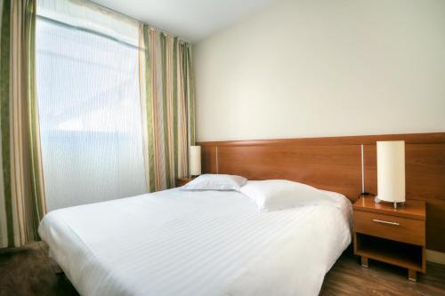 Zenitude Hôtel-Résidences Les Portes de l'Océan : Guest accommodation near Saint-Nazaire