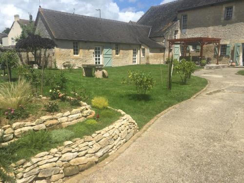 L'Ecurie Gourmande : Bed and Breakfast near Saint-Manvieu-Norrey