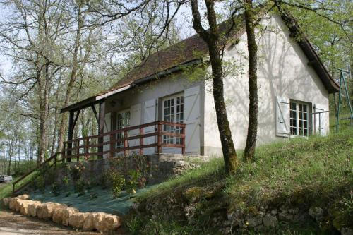 La Colline aux Chalets : Guest accommodation near Montamel