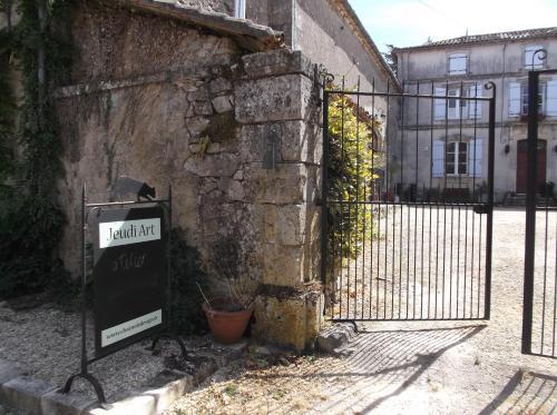 Appartement de la Grange : Apartment near Rouzède