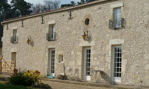 Le Bijou : Bed and Breakfast near Les Lèves-et-Thoumeyragues