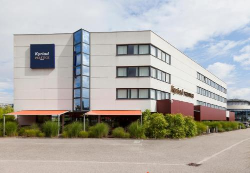 Kyriad Prestige Strasbourg Nord - Schiltigheim : Hotel near Mittelschaeffolsheim