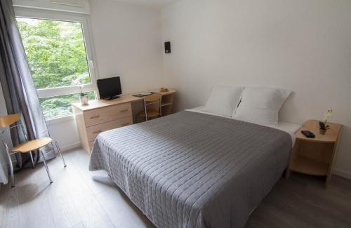Apparthotel Pythagore Grande Arche : Guest accommodation near La Garenne-Colombes