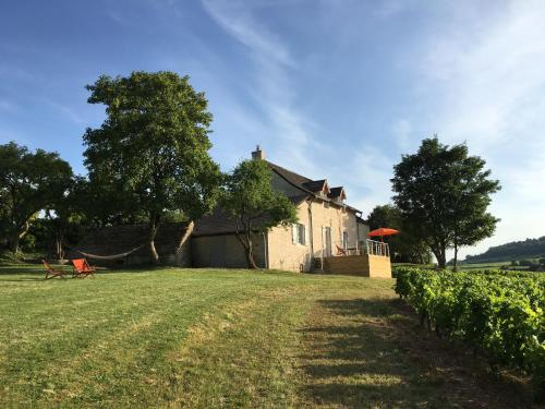 Les Maisons de Chamirey : Guest accommodation near Saint-Marcel