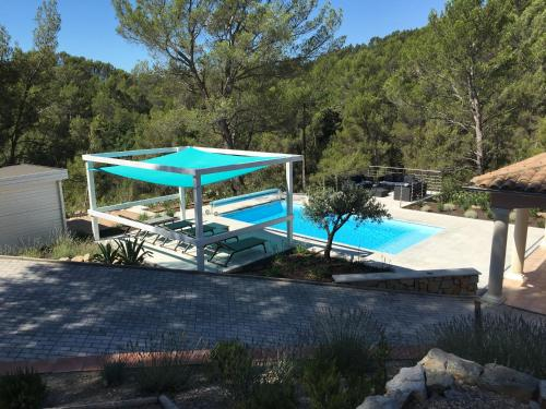 Les Lauriers Blancs : Guest accommodation near Callas