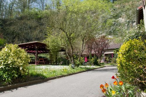 Hotellerie de la Cascade : Hotel near Sainte-Consorce