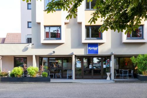 Kyriad Hotel Strasbourg Lingolsheim : Hotel near Eckbolsheim