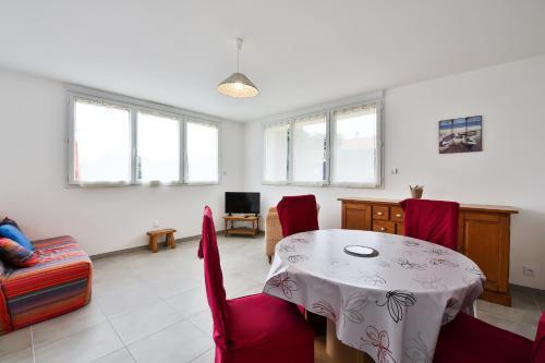 Appartement Cour rouge : Apartment near Saint-Gilles-Croix-de-Vie