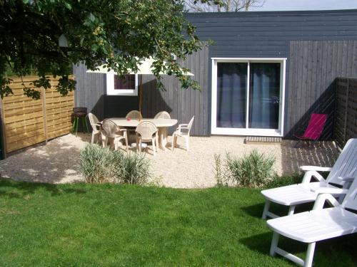 Gite Mont St Michel : Guest accommodation near Saint-Georges-de-Reintembault