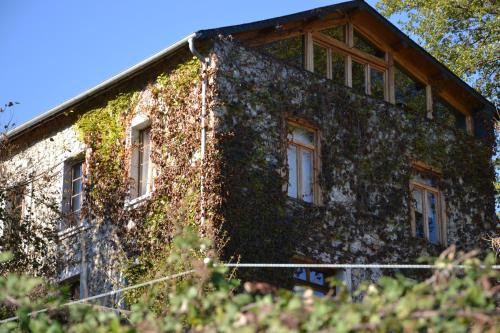 Les Ondines : Guest accommodation near Izaourt