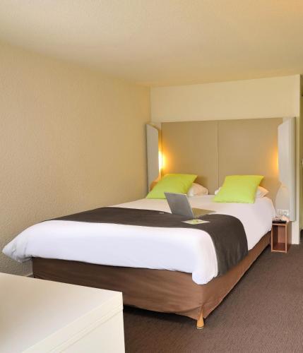Campanile Villeneuve St Georges : Hotel near Thiais