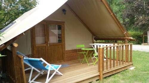 Domaine Des Gabelous : Guest accommodation near Amondans