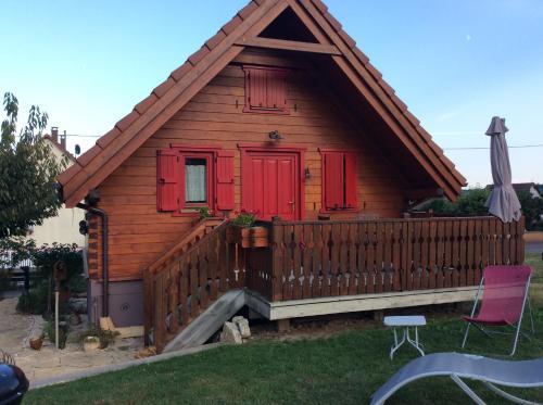Chalet Colline et Lou : Guest accommodation near Gundolsheim