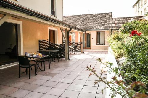 La Ferme Des Barmonts : Guest accommodation near Chevilly-Larue