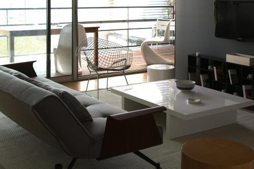 Chartrons B 38 : Apartment near Cenon