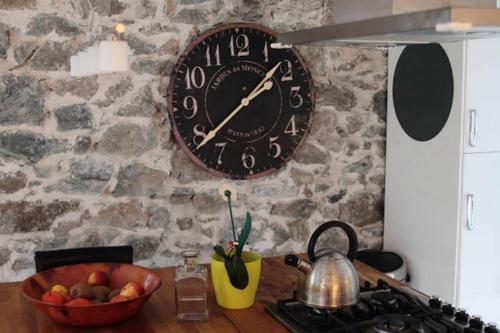 Les Aillouds : Guest accommodation near Saint-Laurent-en-Beaumont