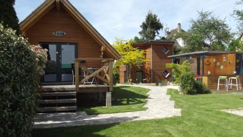 Chambres d'Hotes La Canadienne : Bed and Breakfast near Willerwald