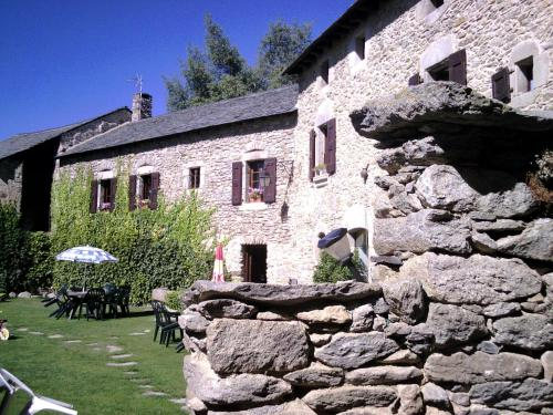 Gîte rural Cal Barbe : Guest accommodation near Estavar
